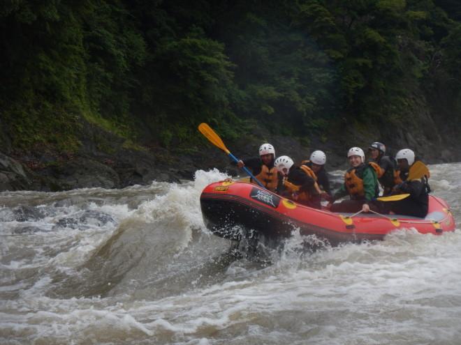 増水の富士川