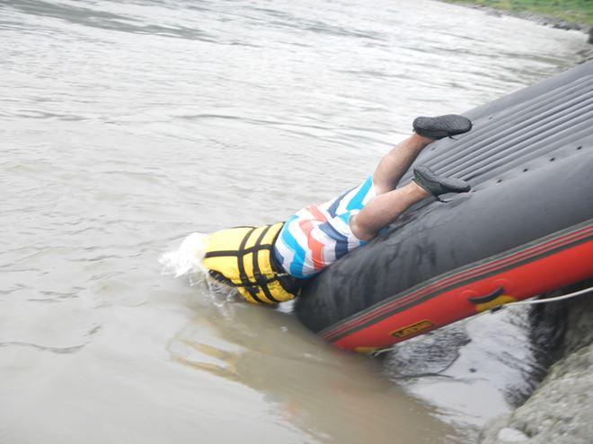 川遊び ファミリー 夏休み