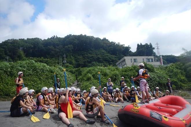 静岡 富士川ラフティング 富士観光 川遊び