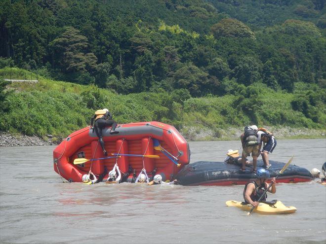 増水ラフティング 静岡富士