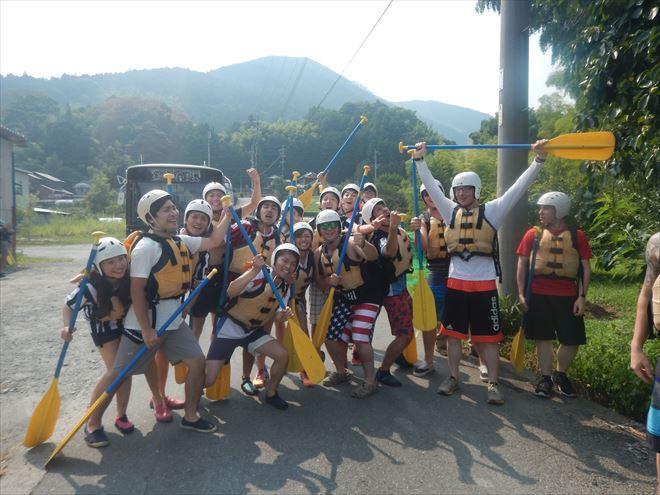 川遊び 激しい 夏休み