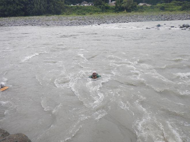 静岡 川遊び 激流