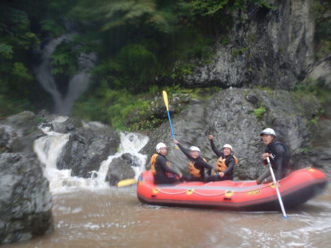 三大急流富士川 友達 遊ぶ 滝