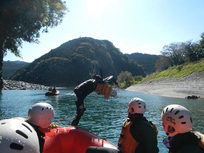 静岡 ラフティング 川遊び