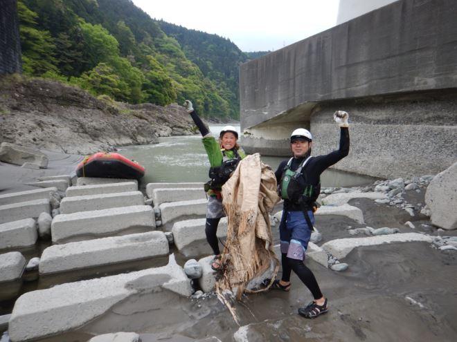 富士川 ゴミ拾い ラフティング