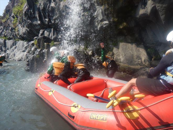 川遊び 滝 ボート 静岡