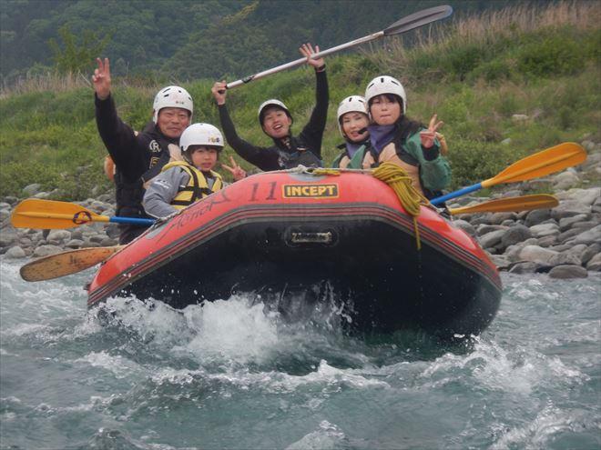 静岡ファミリーラフティング 川遊び