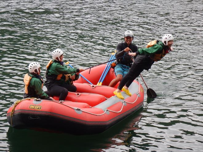 ラフティング 川遊び 静岡
