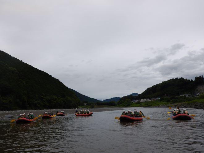 生徒たくさん ボートたくさん
