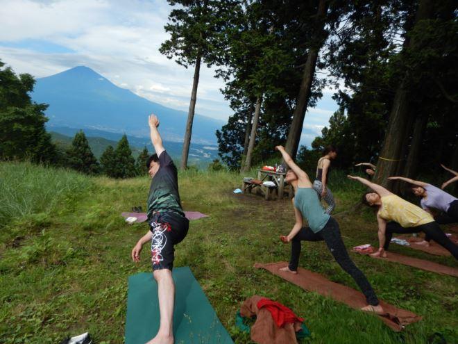 ヨガ 富士山 リフレッシュ