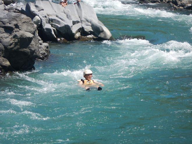 急流泳ぎ 激流体験