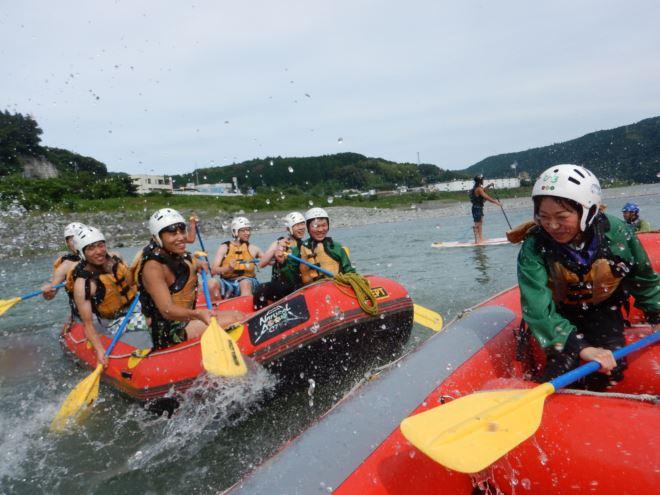 水かけ攻撃 パドル 静岡の川