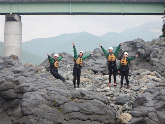 岩の上 富士宮 ラフティング装備