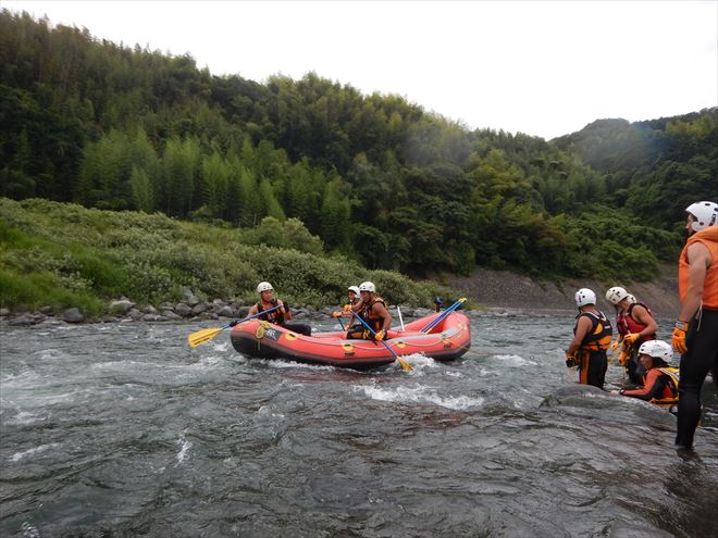 富士川 ラフティング 水難救助