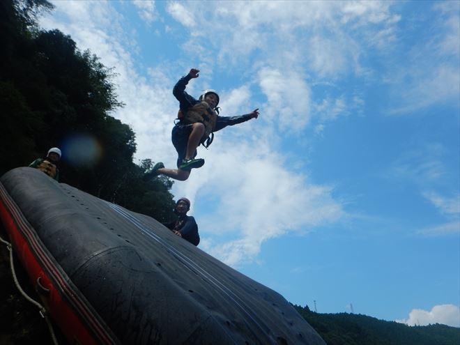 静岡スライダー 飛び込み ボート