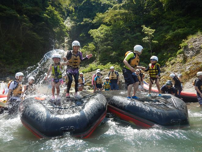静岡キッズラフティング 富士川ファミリーラフティング