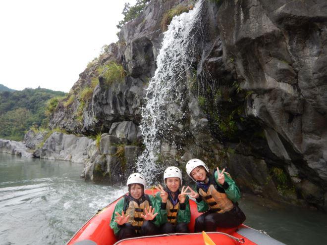 まったりラフティング 滝 9月観光