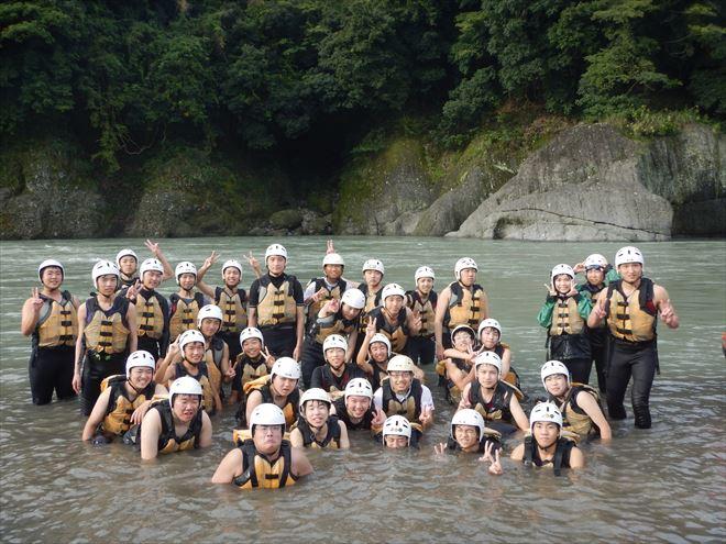 修学旅行で川遊び 教育旅行アウトドア 教育旅行自然体験