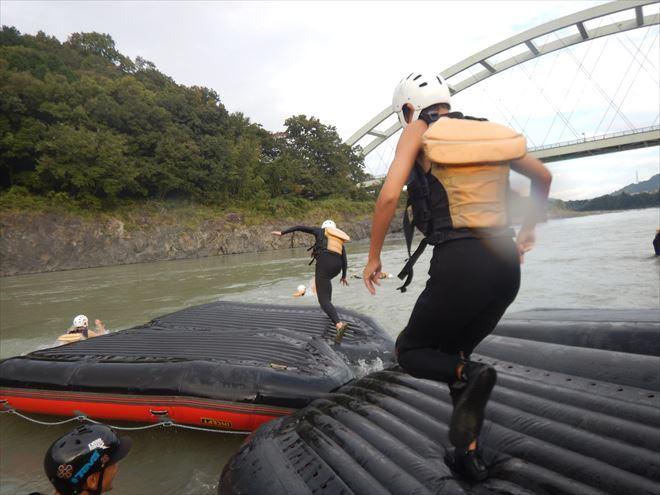 静岡ボート遊び 富士川教育旅行