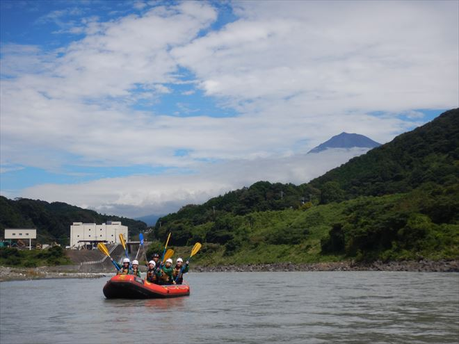 ラフティング 富士山 富士川