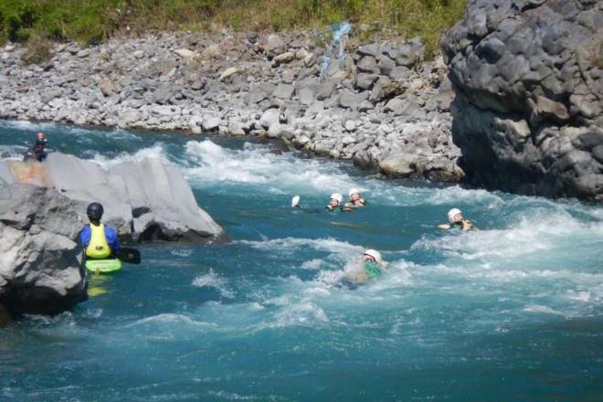 激流スイム 急流体験 富士川キレイ