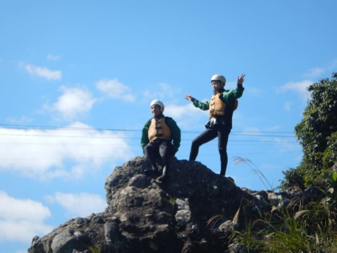 飛び込み 岩ジャンプ