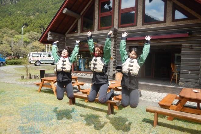 静岡ログハウス ガールズ ジャンプ
