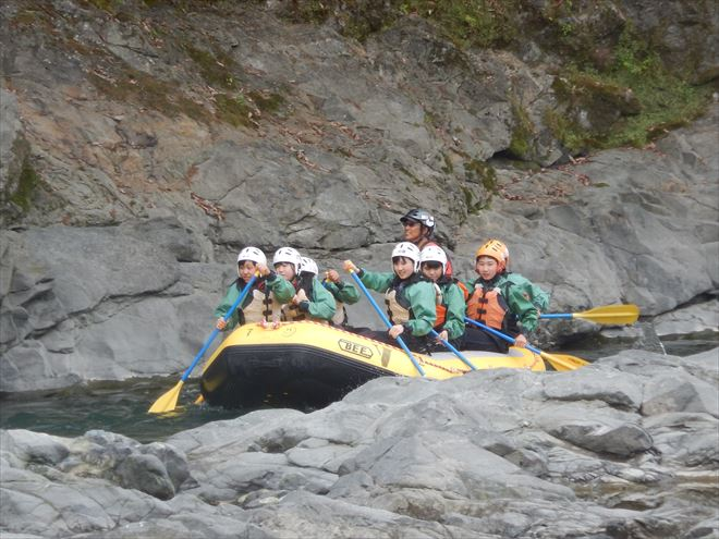 黄ボート 富士川ラフティング
