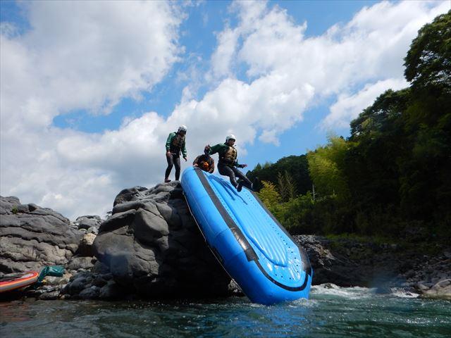 ボート すべり台 富士川