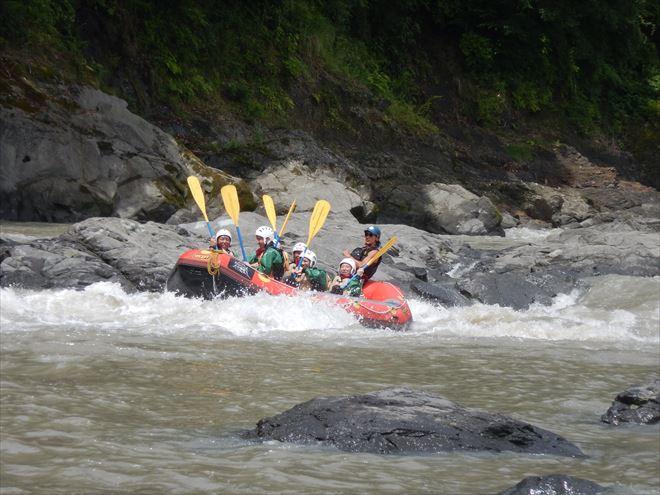 増水富士川 日本三大急流富士川