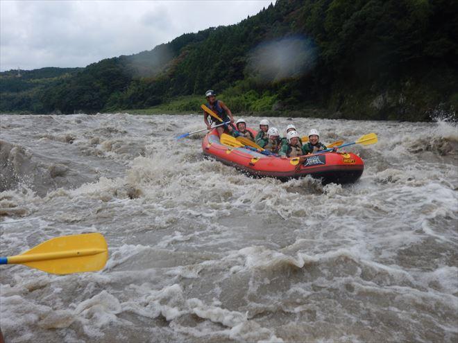 日本三大急流富士川 激流を下る