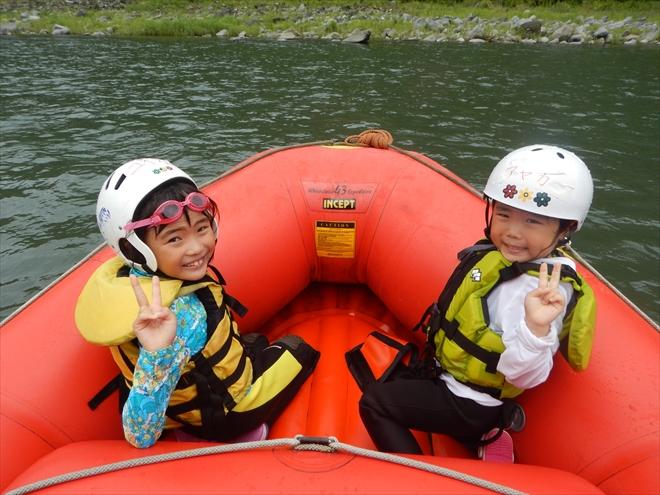 子どもと遊ぶ 子ども川初体験