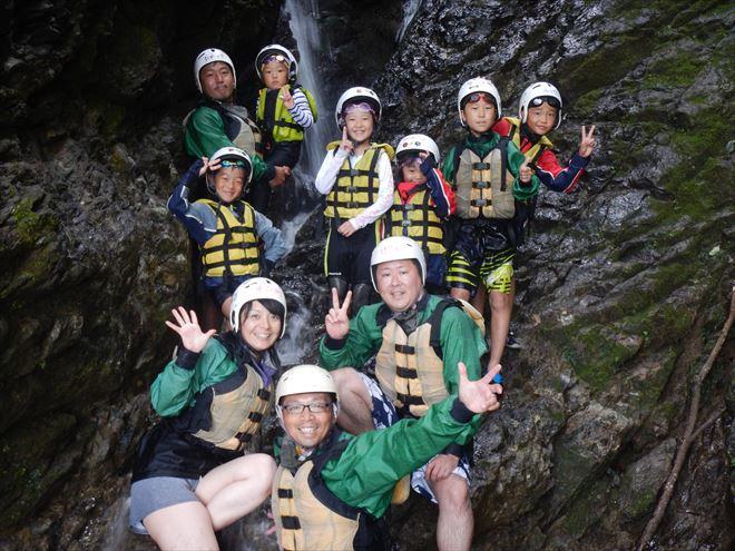 秘密の滝 散策 探検