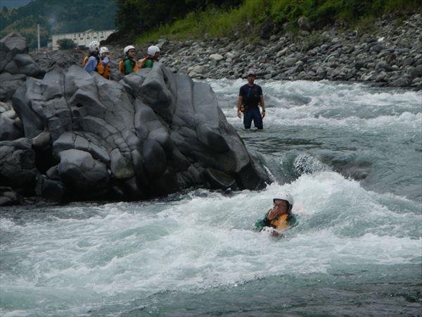静岡 川遊び