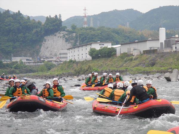 富士川ラフティング 夏 川遊び