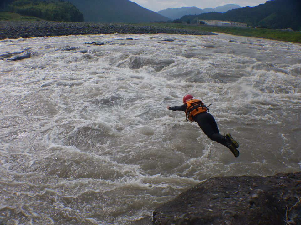 飛び込む 富士川
