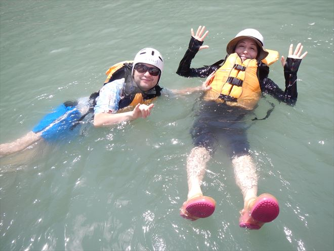 泳ぐ 富士川