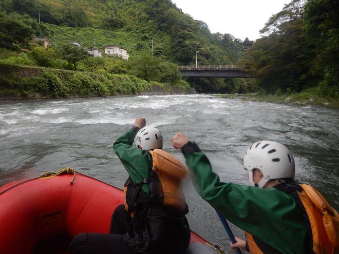 芝川 富士川 ラフティング 激しい