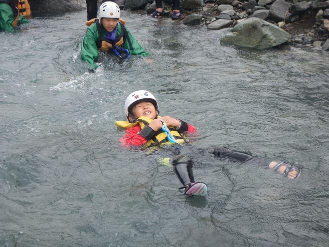 富士川 キッズ 川遊び