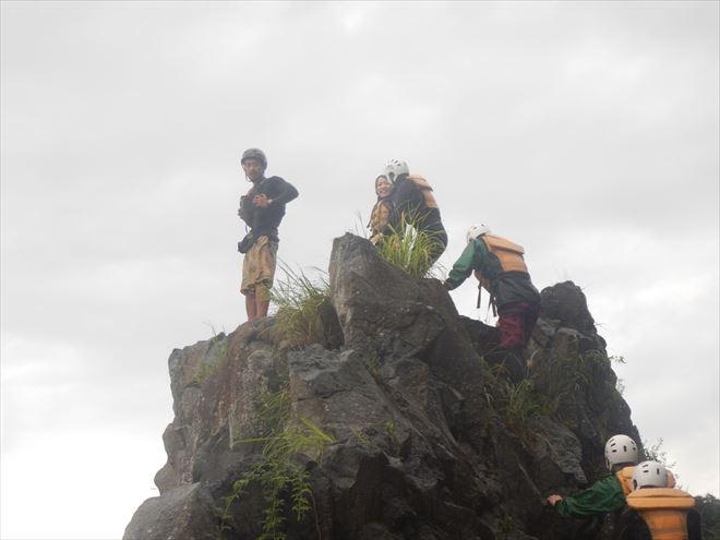 ロックジャンプ 岩 富士宮 ロッククライミング