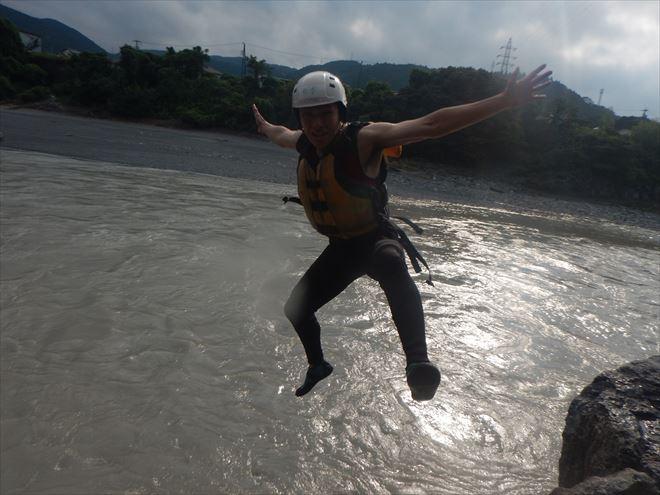 飛び込み ジャンプ