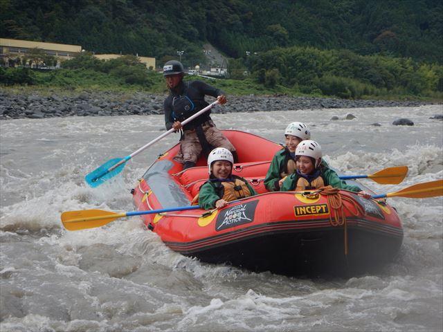 富士川ラフティング ゴムボート