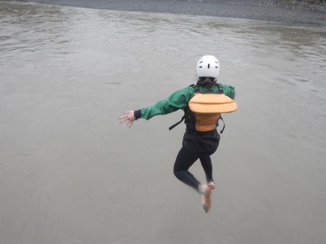富士川 アウトドア 飛込み