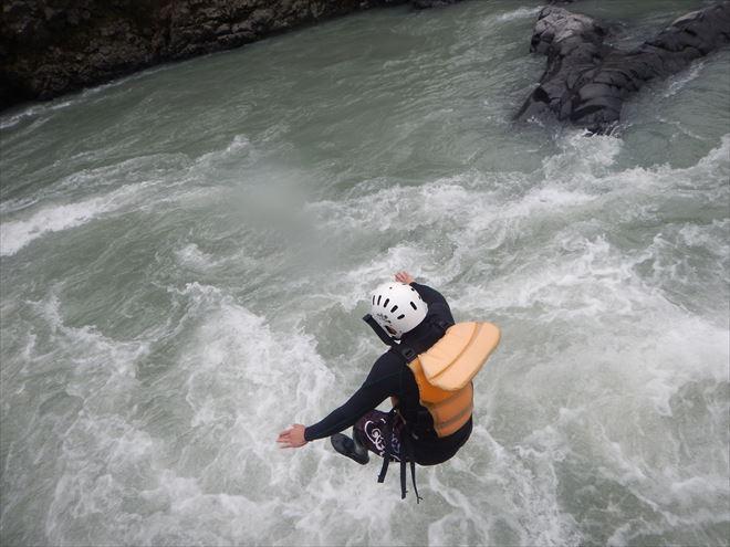 静岡 川遊び 飛び込み