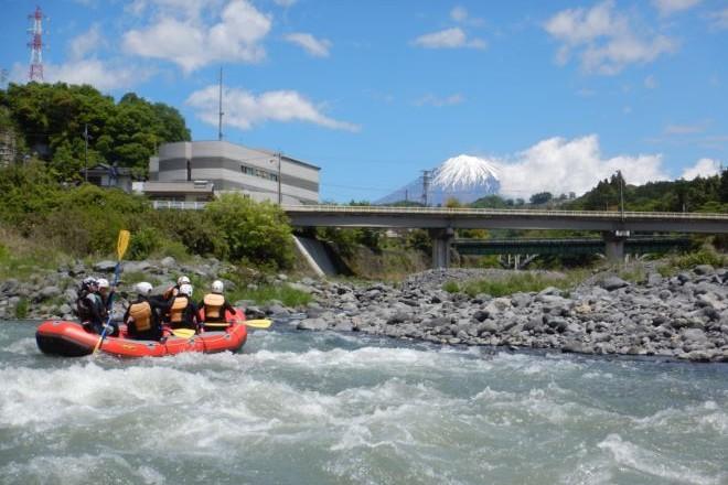 静岡富士山 ラフティングボート 富士川