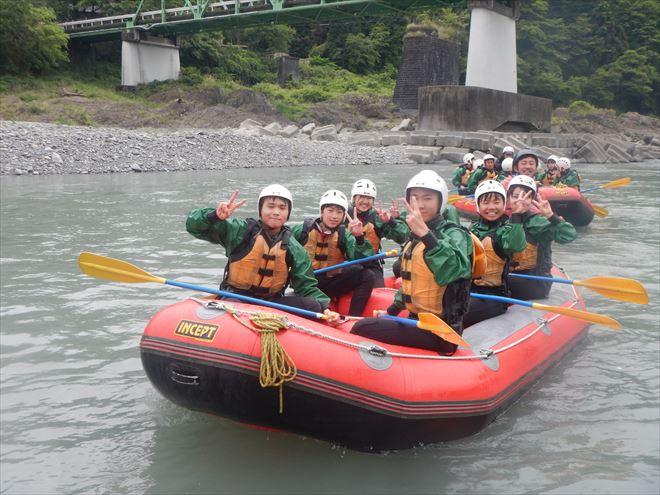 団体ラフティング 富士川