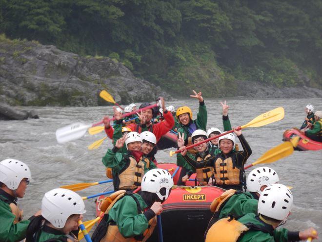 富士川教育旅行 半日ラフティング