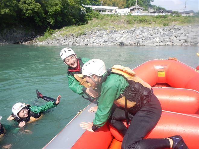 静岡ラフティング 川泳ぎ レスキュー