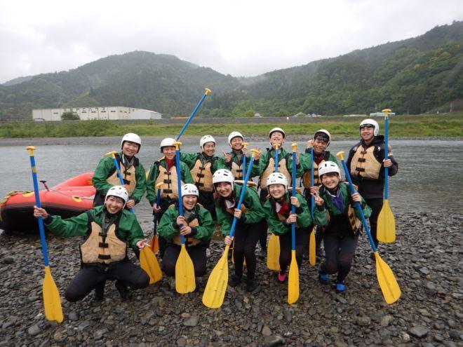 静岡 雨ラフティング 団体