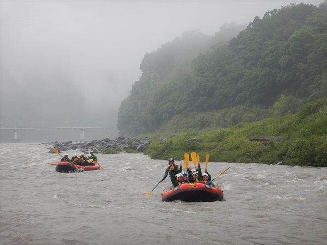 静岡日本三大急流 ラフティング修学旅行